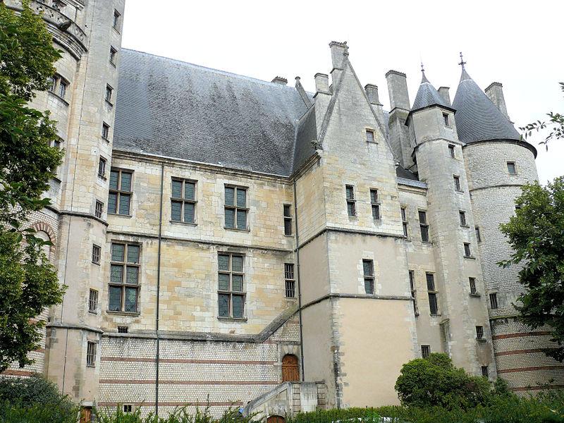 800px-Bourges_-_Palais_Jacques_Coeur_-722.jpg